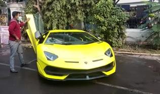 v-car
