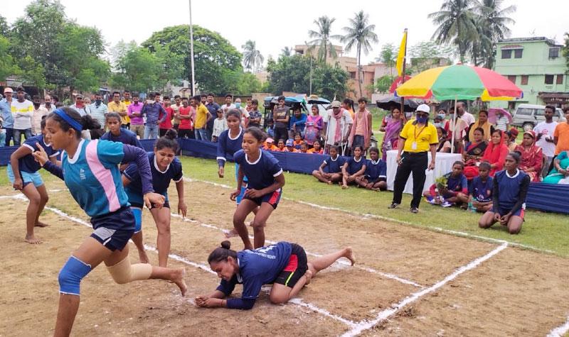 মহিলাদের একদিনের কবাডি প্রতিযোগিতা অনুষ্ঠিত হল দুর্গাপুরে